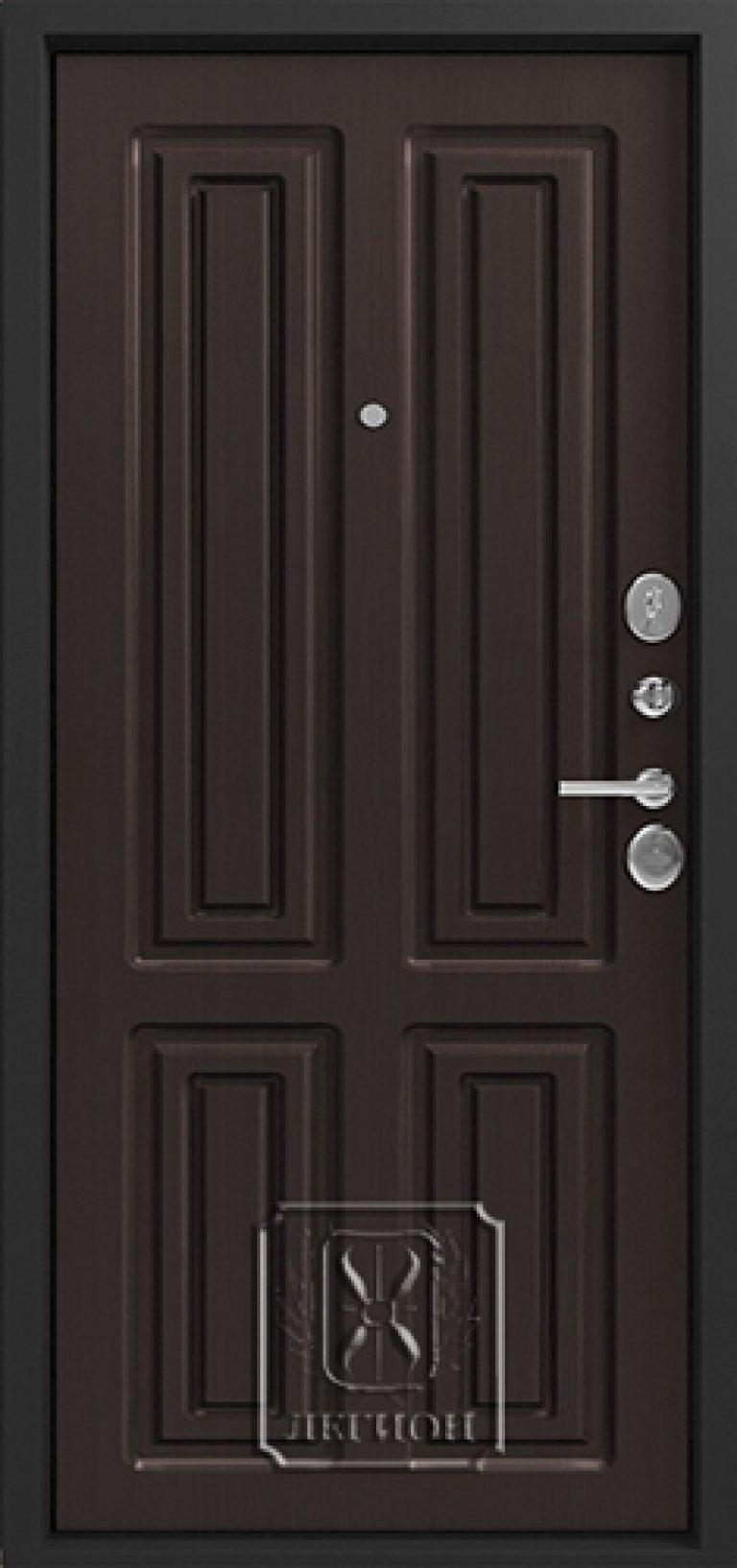 входная дверь на запад в восточном дом